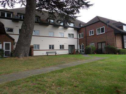 2 Bedrooms Retirement Property for sale in Bath Lane, Fareham, Hampshire