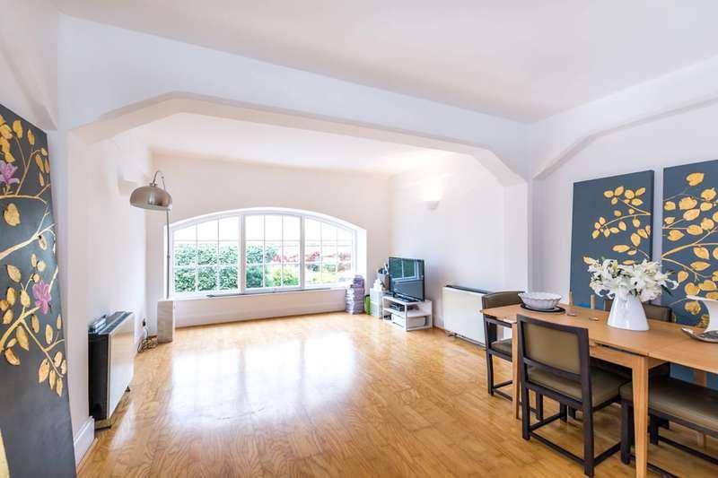 1 Bedroom Flat for sale in Regents Bridge Gardens, Vauxhall, SW8