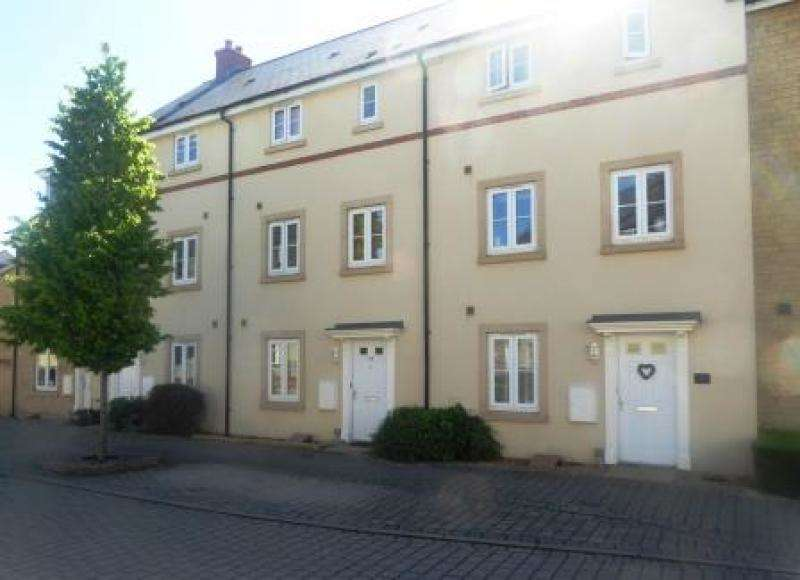 3 Bedrooms Terraced House for sale in 48 Palmer Road