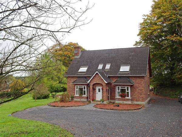 5 Bedrooms Detached House for sale in 216 Mullaghmeen Road