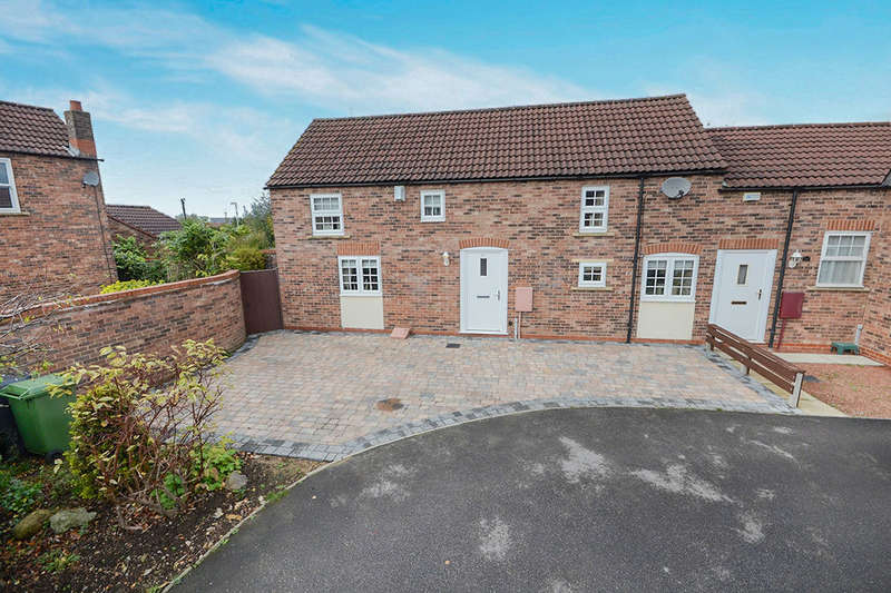 2 Bedrooms Semi Detached House for sale in Hazelnut Grove, York, YO30