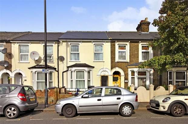 2 Bedrooms Terraced House for sale in Queens Road, Walthamstow, London