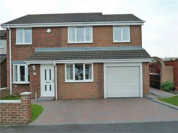 4 Bedrooms Semi Detached House for sale in Sutton Court, Wallsend, Tyne and Wear