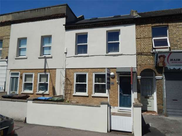 4 Bedrooms Terraced House for sale in Green Lane, Penge, London