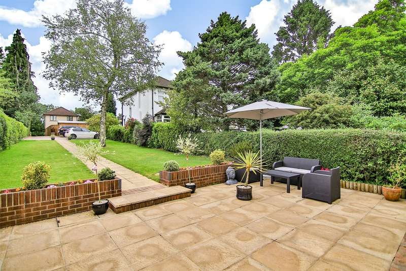 4 Bedrooms Detached House for sale in Newport Road, Castleton, Cardiff