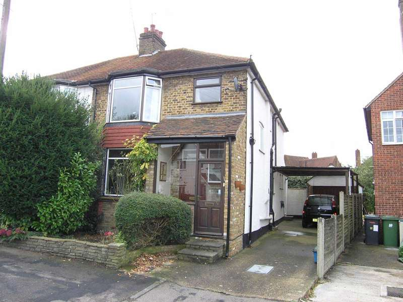 3 Bedrooms Semi Detached House for sale in Titian Avenue, Bushey Heath