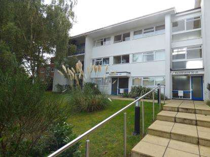 2 Bedrooms Flat for sale in 25 Brownsea Road, Poole