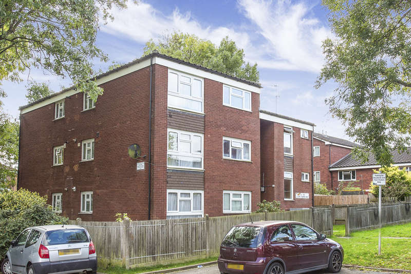 2 Bedrooms Flat for sale in Lilian Board Way, Greenford, UB6 0SB