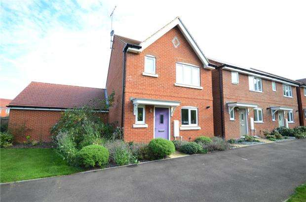3 Bedrooms Detached House for sale in Elk Path, Three Mile Cross, Reading