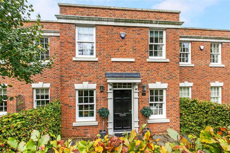 3 Bedrooms Terraced House for sale in Elizabeth Place, Winchester, Hampshire, SO22