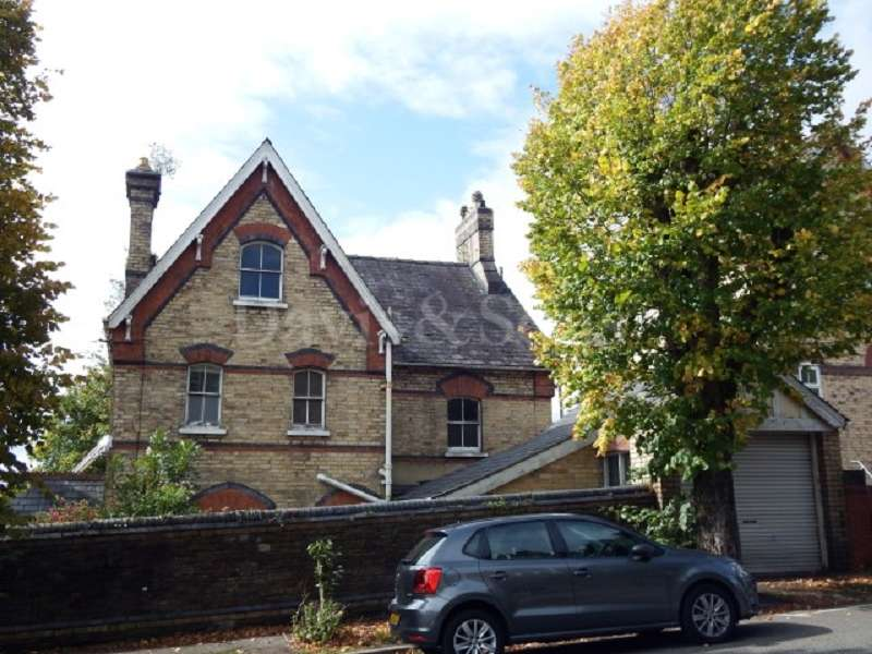 4 Bedrooms Detached House for sale in 6 Stow Park Avenue, Off Stow Hill, Newport. NP20 4FH