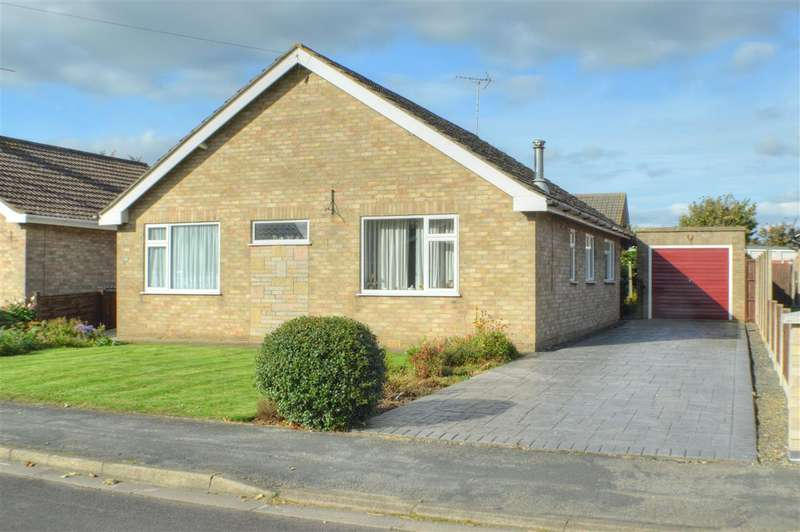 3 Bedrooms Bungalow for sale in Churchill Way, Heckington