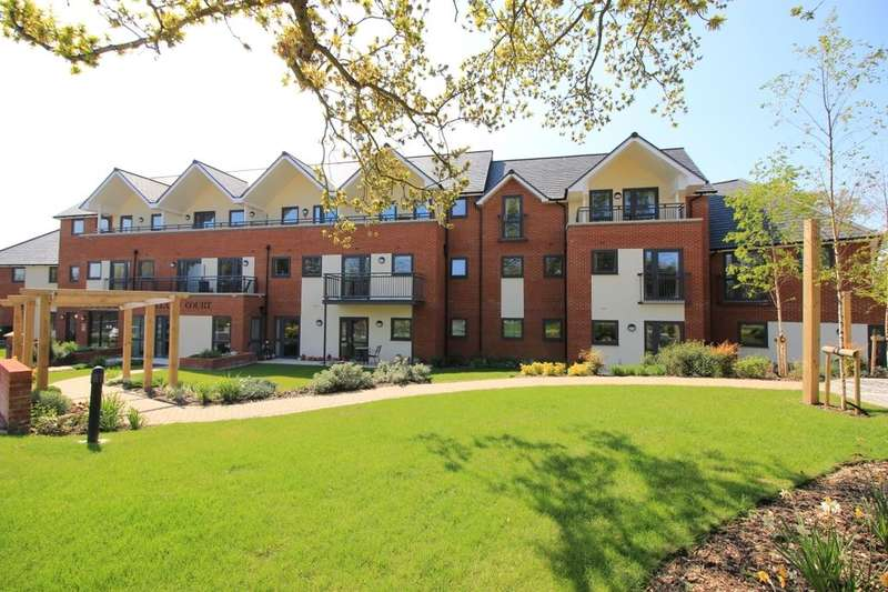 2 Bedrooms Flat for sale in Hamble Lane, Hamble, Southampton, SO31