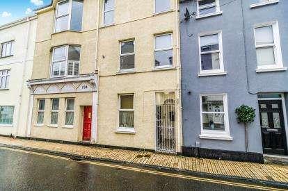 3 Bedrooms Maisonette Flat for sale in Plymstock, Devon, Plymstock