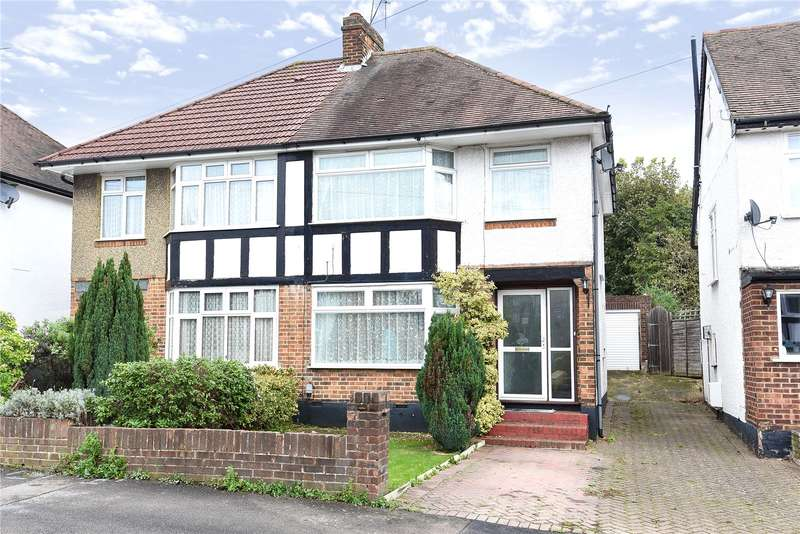 3 Bedrooms Semi Detached House for sale in Valley Walk, Croxley Green, Hertfordshire, WD3