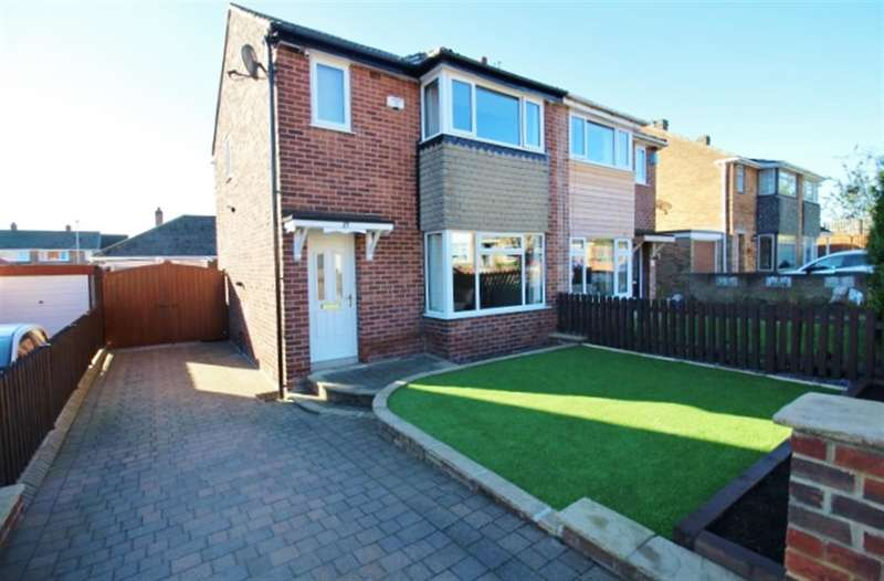 3 Bedrooms Semi Detached House for sale in Spring Valley Close, Bramley, LS13 4RT