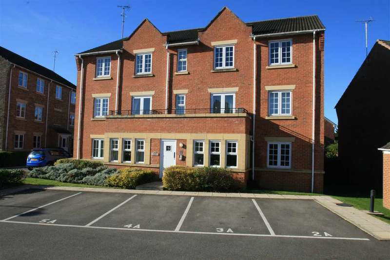 2 Bedrooms Apartment Flat for sale in 3 Arkendale House, Angel Gardens, within easy reach of central Knaresborough, HG5 0WB