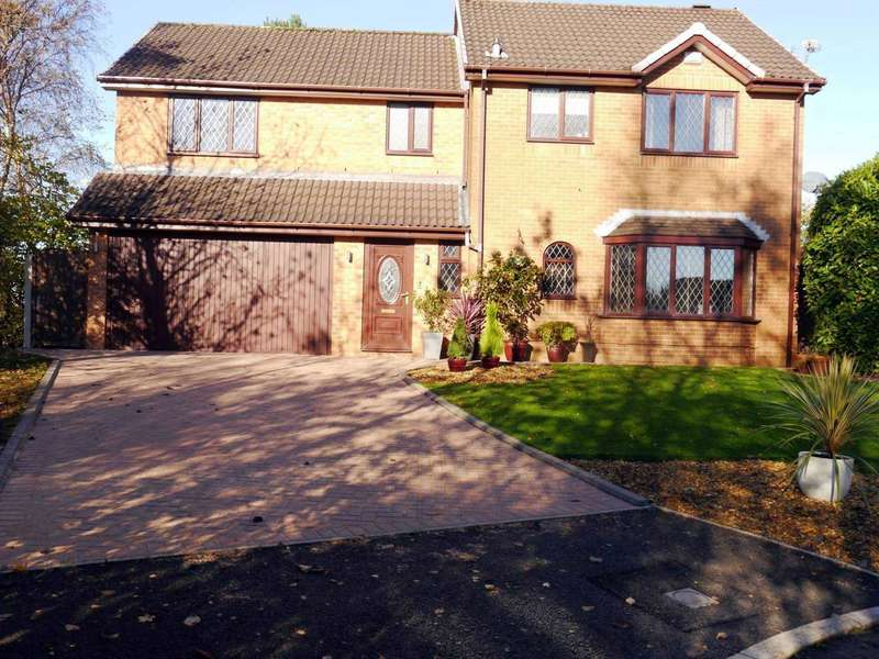 4 Bedrooms Detached House for sale in Kildale Close, Bolton