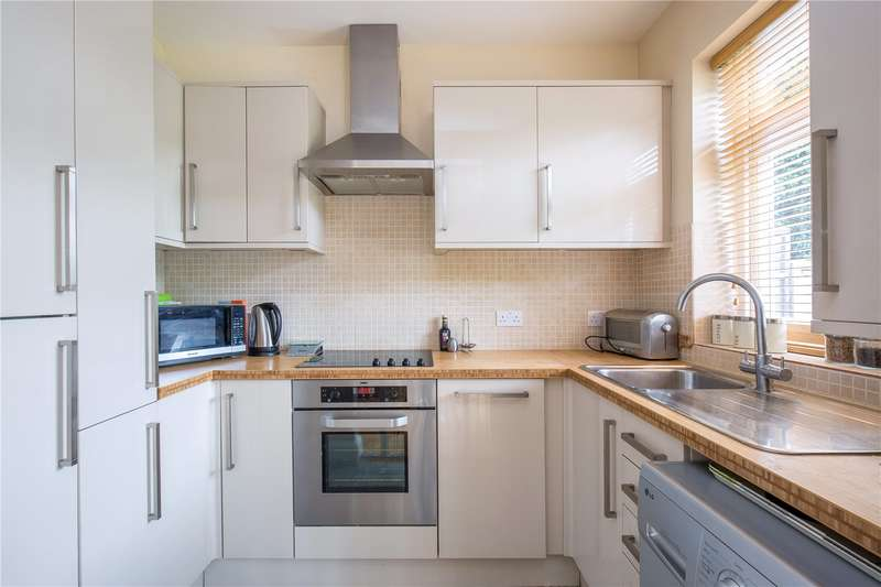 4 Bedrooms Semi Detached House for sale in Devonshire Crescent, Mill Hill, London, NW7