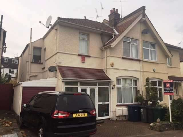 4 Bedrooms Semi Detached House for sale in Rowsley Avenue, Hendon