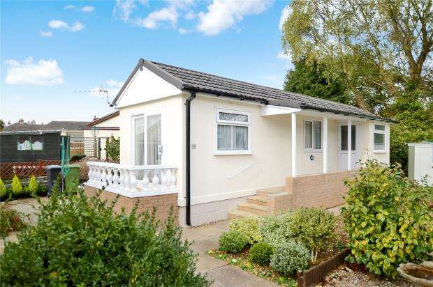 1 Bedroom Detached Bungalow for sale in Shadynook Park, Crossley Moor Road, Kingsteignton, Newton Abbot