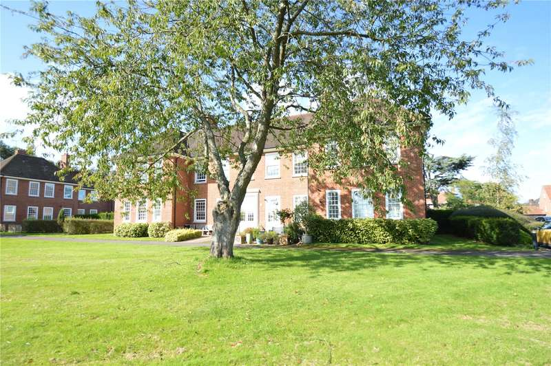 3 Bedrooms Apartment Flat for sale in Leyfield Villa, Cayton Road, Coulsdon