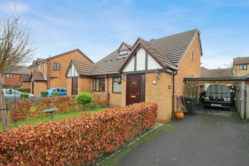 2 Bedrooms Semi Detached House for sale in Sandhill Close, Great Lever , Bolton, BL3 2UB