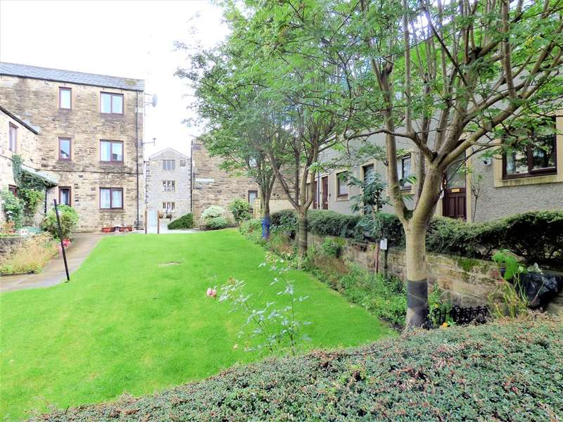 2 Bedrooms Town House for sale in Albert Square, Skipton