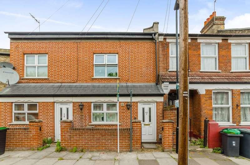 3 Bedrooms Maisonette Flat for sale in Falmer Road, Turnpike Lane, N15