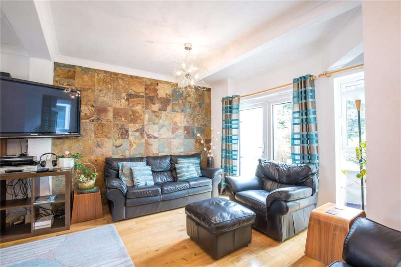 5 Bedrooms Semi Detached House for sale in Whitehouse Way, Southgate, London, N14