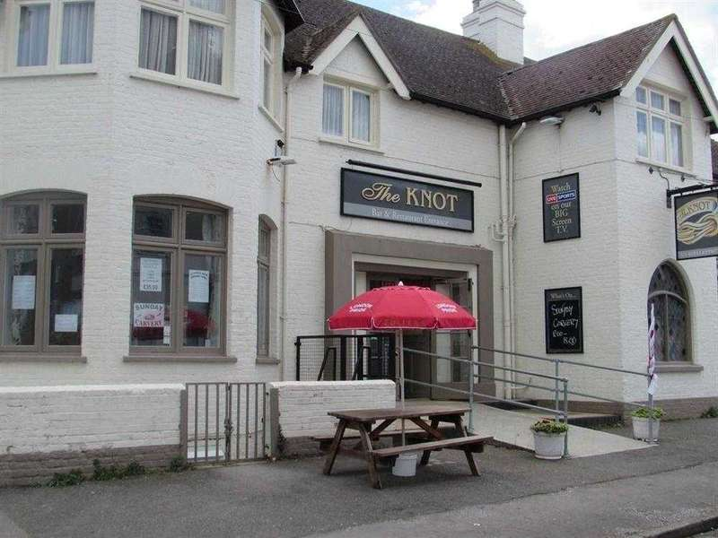 3 Bedrooms Commercial Property for sale in Beach Road, Westgate-on-sea