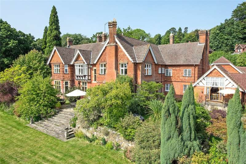 5 Bedrooms Detached House for sale in Holmwood, Dorking, Surrey, RH5