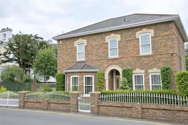 4 Bedrooms Detached House for sale in Somerville Road, Westcliff, Bournemouth