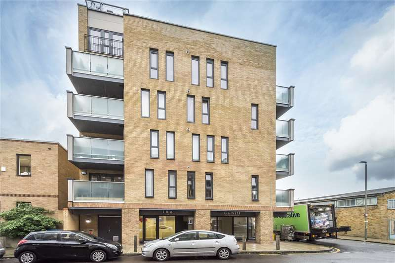 2 Bedrooms Flat for sale in Cubitt Apartments, 36 Chatfield Road, London, SW11