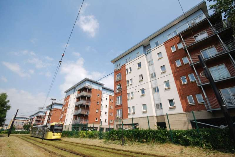 2 Bedrooms Apartment Flat for sale in Egerton House, Elmira Way, Salford Quays