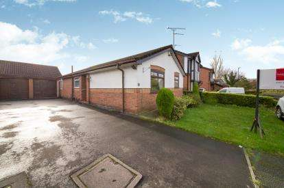 2 Bedrooms Bungalow for sale in Tern Close, Dukinfield, Greater Manchester, United Kingdom