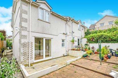 1 Bedroom Flat for sale in Redannick Lane, Truro, Cornwall