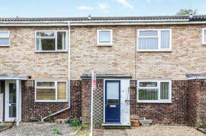 3 Bedrooms Terraced House for sale in Desborough Road, Hitchin, Hertfordshire, England