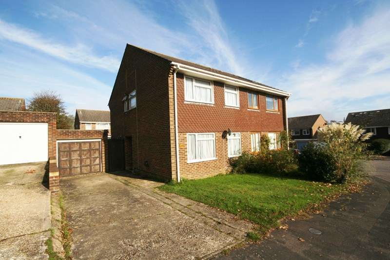 3 Bedrooms Semi Detached House for sale in Hannams Close, Lytchett Matravers, Poole