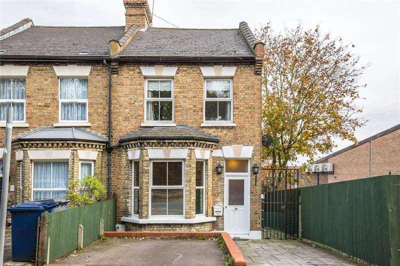 3 Bedrooms Semi Detached House for sale in Lancaster Road, New Barnet, Hertfordshire, EN4