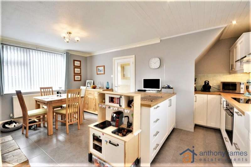 3 Bedrooms House for sale in Matlock Road, Birkdale, Southport, PR8 5EY