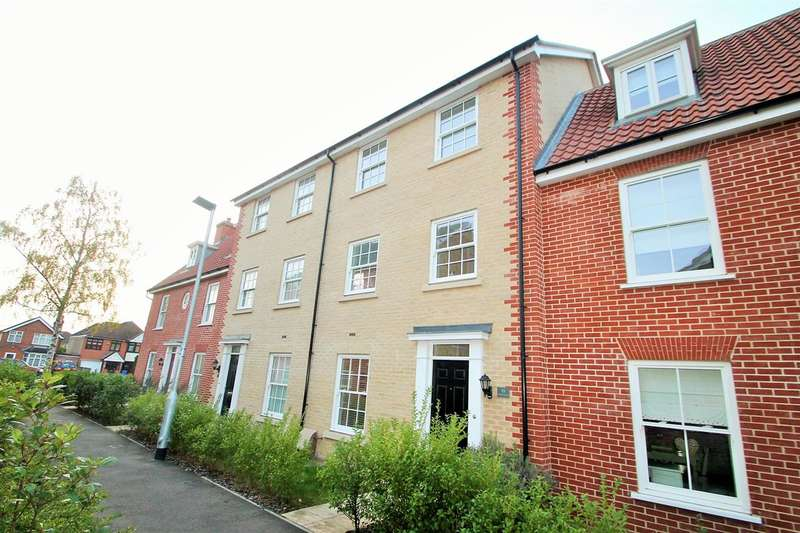 3 Bedrooms House for sale in Willis Crescent, Ipswich