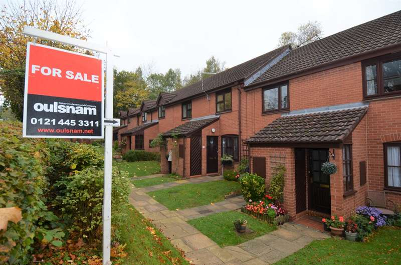 2 Bedrooms Apartment Flat for sale in Station Approach, Barnt Green, Birmingham, B45