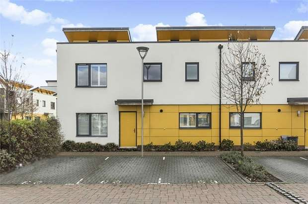 3 Bedrooms Semi Detached House for sale in Crowley Mews, London