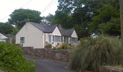 3 Bedrooms Bungalow for sale in Goldsithney, Penzance, Cornwall