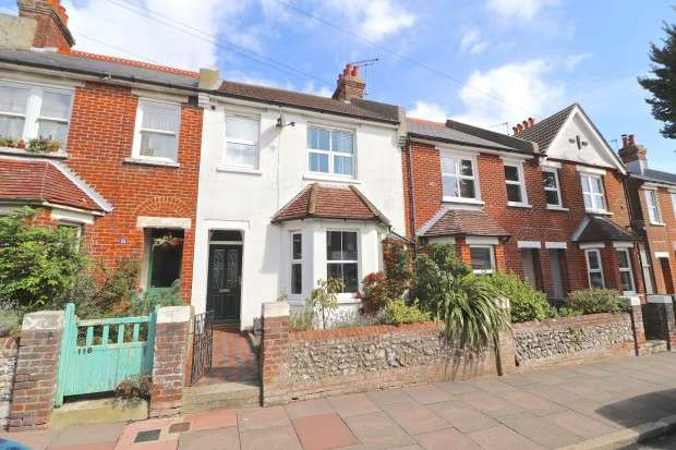 4 Bedrooms Terraced House for sale in Green Street, Eastbourne, BN21