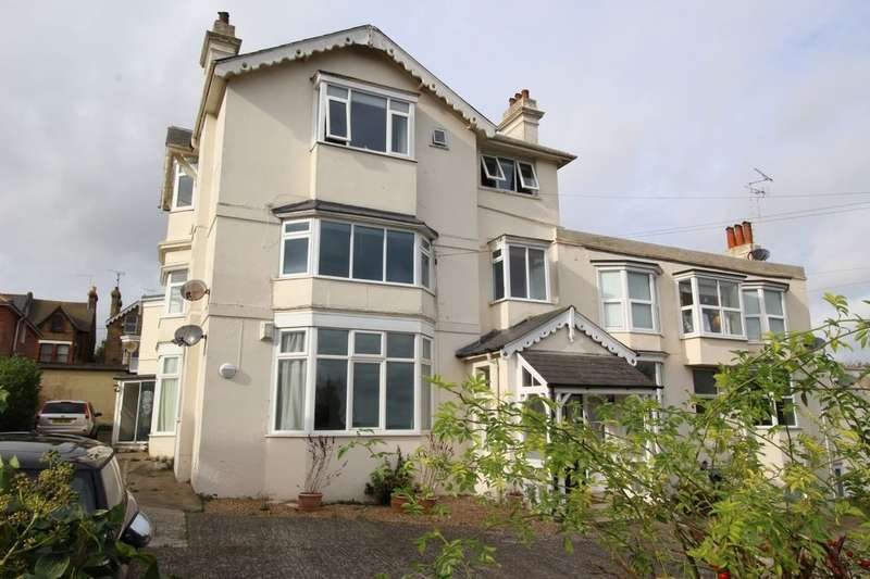 2 Bedrooms Flat for sale in Wardour Close, Broadstairs, CT10