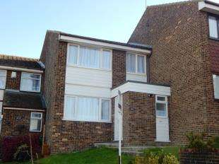 3 Bedrooms Terraced House for sale in Admirals Walk, Minster On Sea, Sheerness