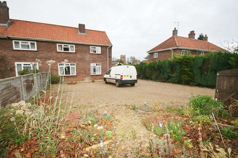 Semi Detached House for sale in Vicarage Road, Wymondham