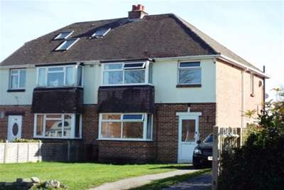 3 Bedrooms Semi Detached House for rent in Titchfield